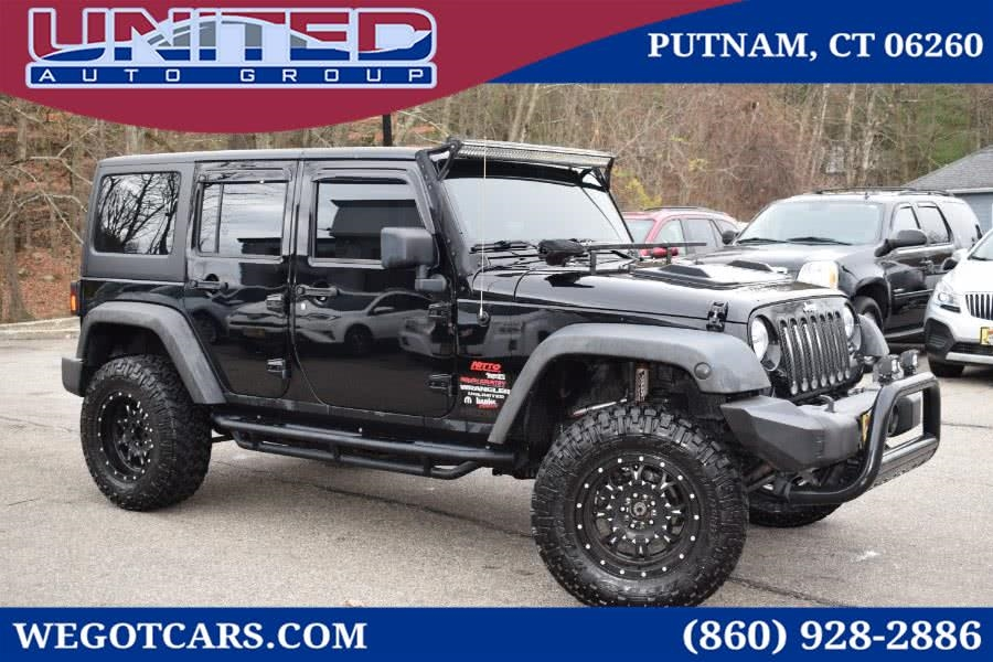 2013 Jeep Wrangler 4WD 4dr Freedom Edition *Ltd Avail*