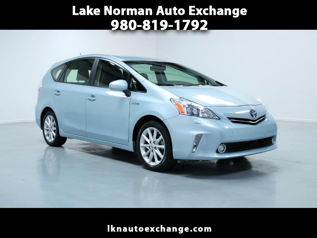 Captivating 2013 Toyota Prius V 5dr Wgn Three (Natl)