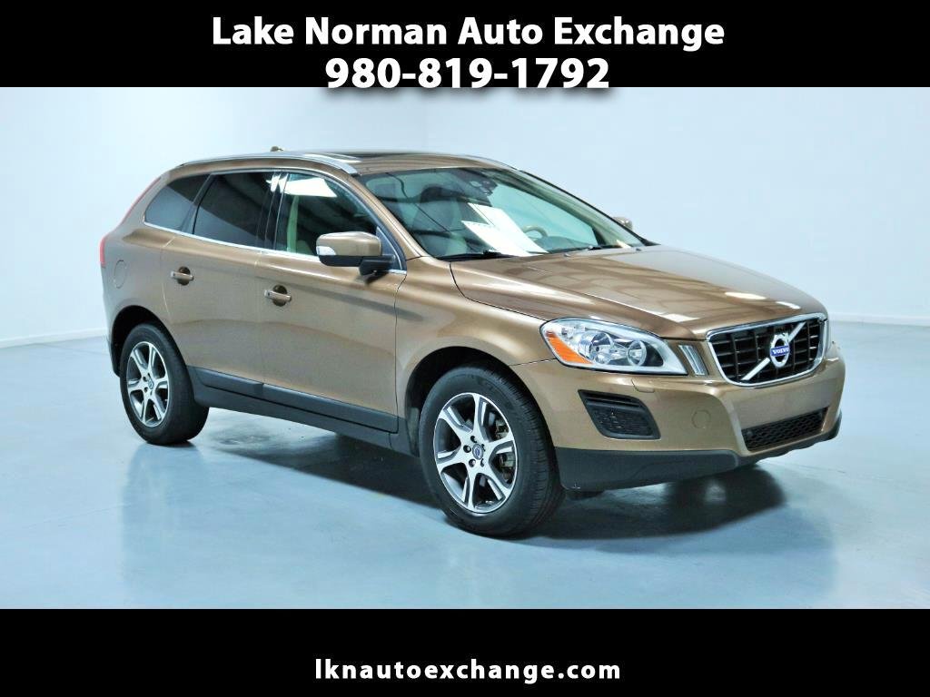 2011 Volvo XC60 AWD 4dr 3.0T w/Moonroof