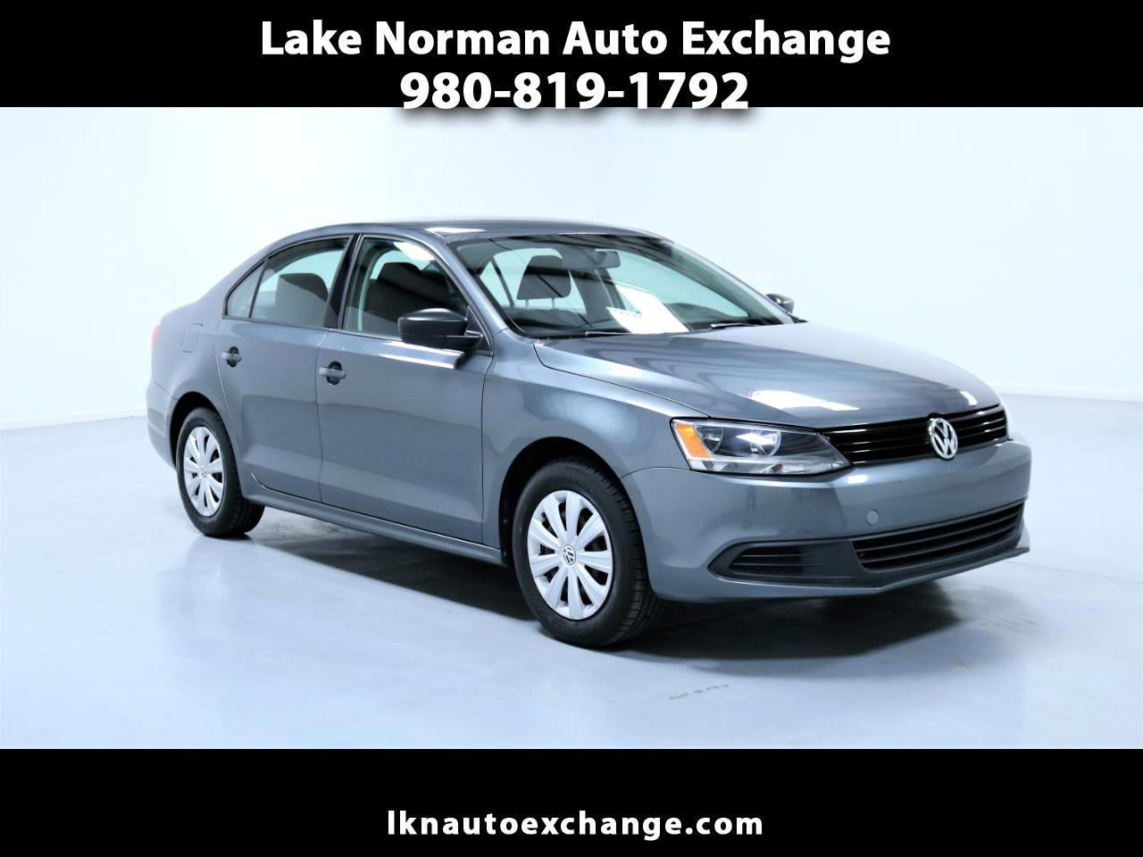 2014 Volkswagen Jetta Sedan 4dr 2.5L Manual