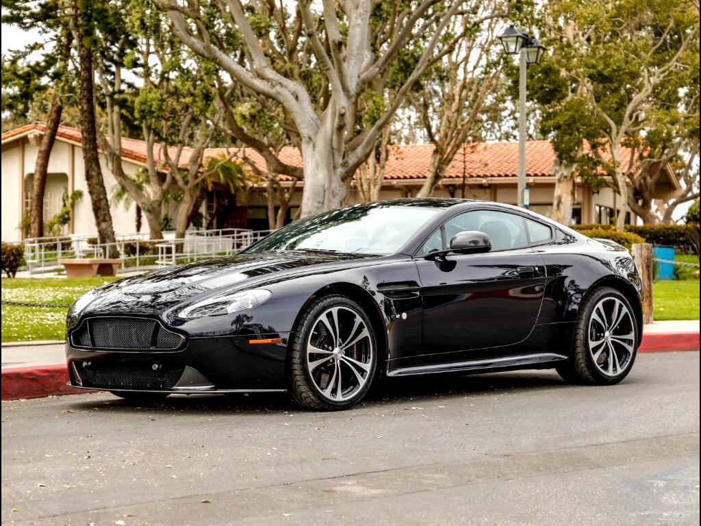 Aston Martin V12 Vantage S Coupe 2016