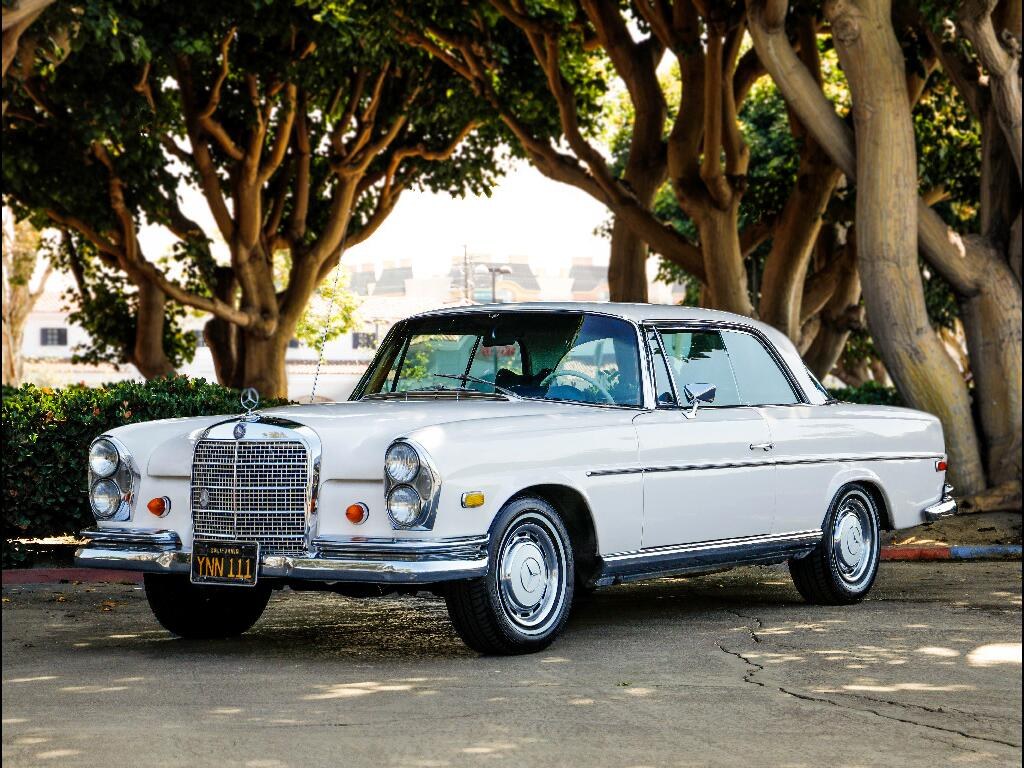 1969 Mercedes-Benz 280 SE Coupe