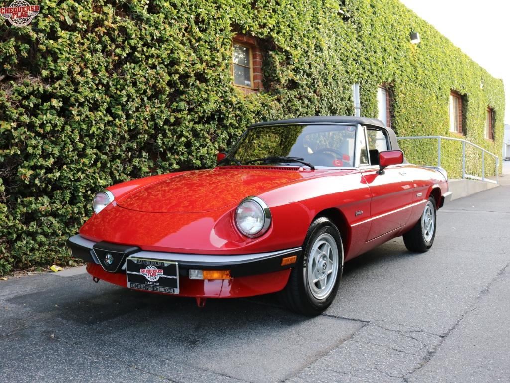 Alfa Romeo Spider Graduate 1988