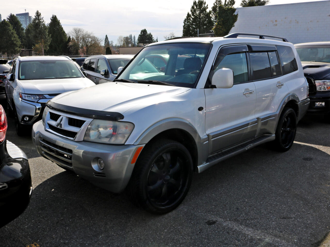 2003 Mitsubishi Montero 4WD In House Loans Available Apply Online at Surre