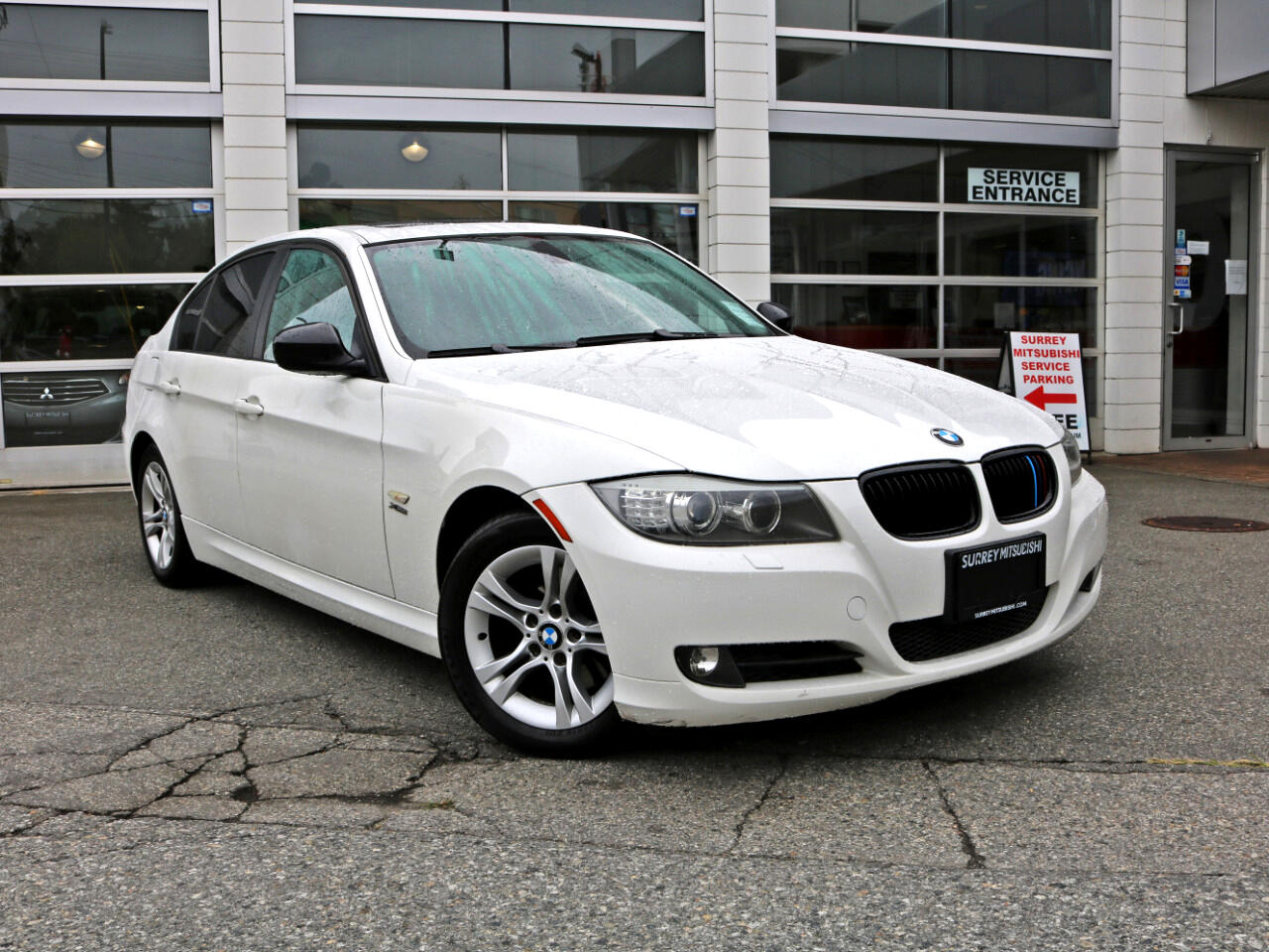 2009 BMW 328xi 328 3-series beamer $59/week OAC* Apply for a Loan