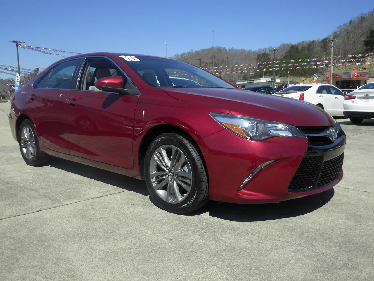 2016 Toyota Camry 4dr Sdn I4 Auto XLE (Natl)