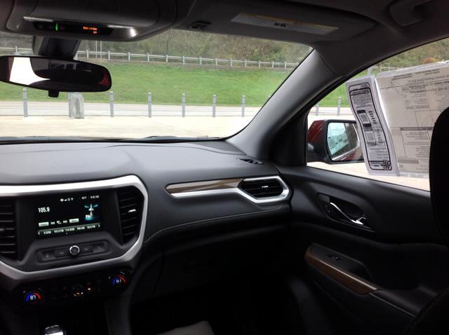2018 GMC Acadia AWD 4dr SLE w/SLE-1
