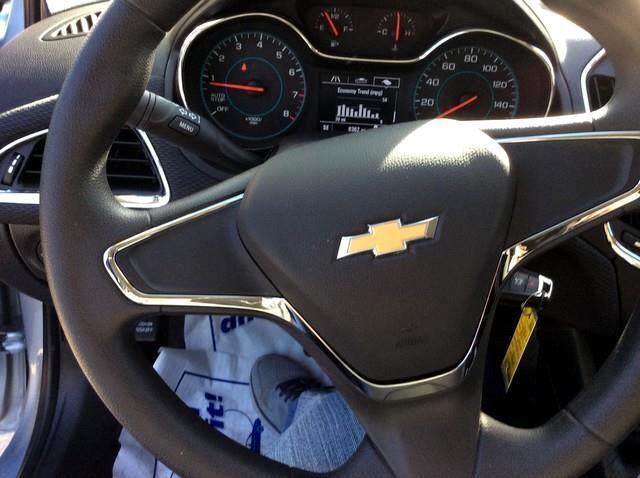 2018 Chevrolet Cruze 4dr Sdn 1.4L LS w/1SB
