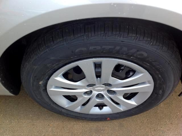 2018 Chevrolet Sonic 4dr Sdn Auto LS