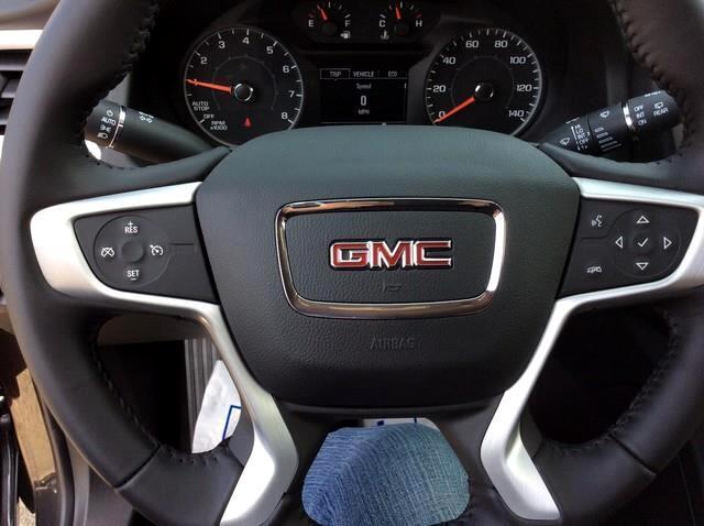 2018 GMC Acadia FWD 4dr SLE w/SLE-1