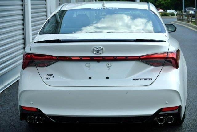 2019 Toyota Avalon XLE (Natl)