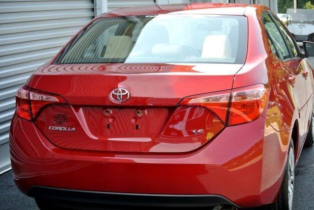 2019 Toyota Corolla XLE CVT (Natl)