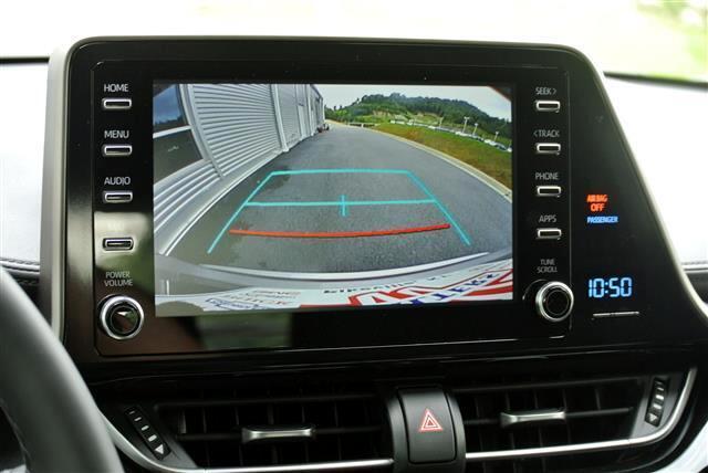 2019 Toyota C-HR LE FWD (Natl)