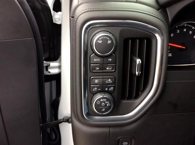 2019 Chevrolet Silverado 1500 4WD Crew Cab 147