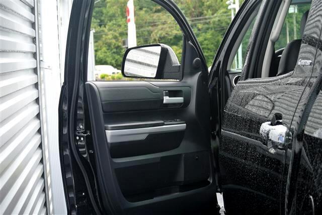 2019 Toyota Tundra Limited CrewMax 5.5' Bed 5.7L (Natl)