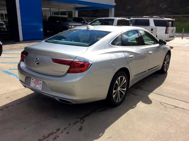 2019 Buick LaCrosse 4dr Sdn Essence FWD