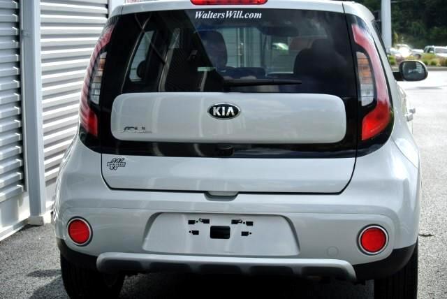 2018 Kia Soul + Auto