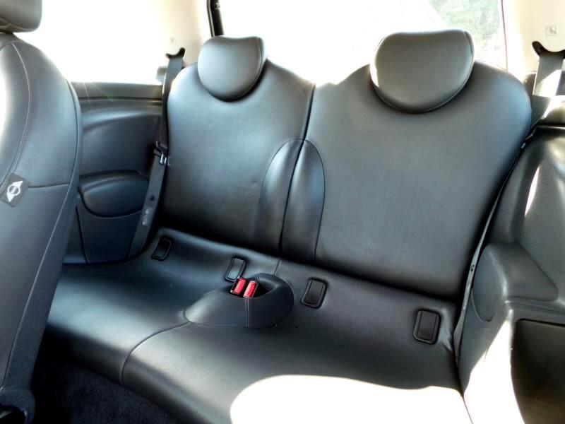 2004 MINI Cooper 2dr Cpe