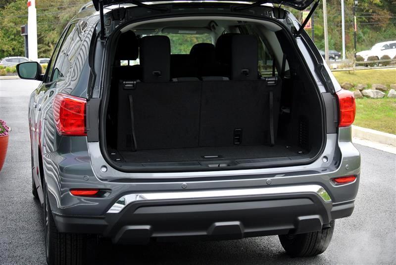 2019 Nissan Pathfinder 4x4 SV