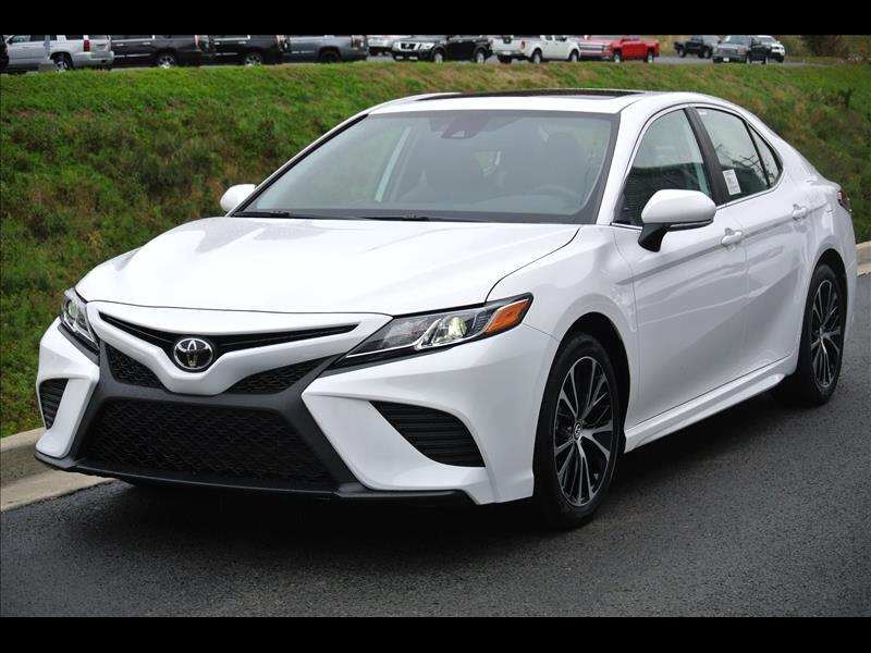 2019 Toyota Camry XLE Auto (Natl)
