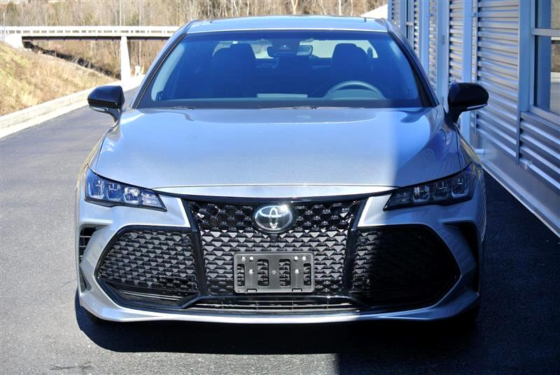 2019 Toyota Avalon XLE (Natl)