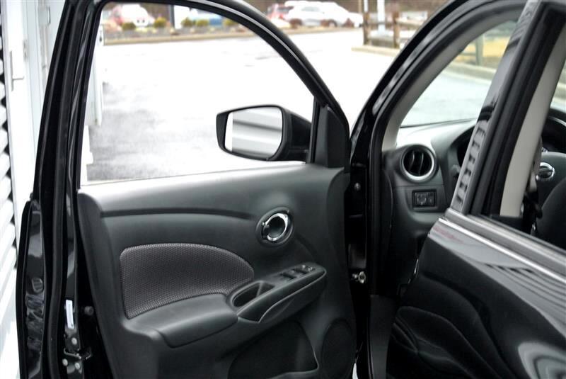 2019 Nissan Versa Sedan SV CVT