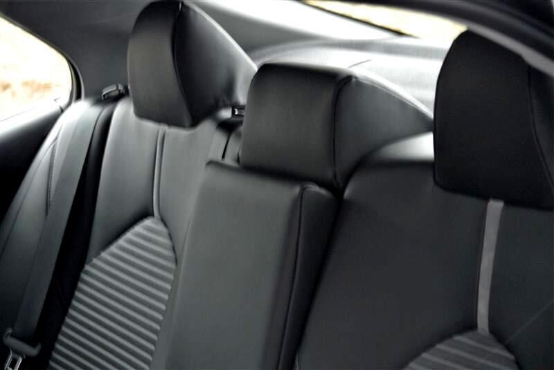 2019 Toyota Camry LE Auto (Natl)