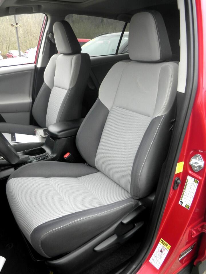 2013 Toyota RAV4 FWD 4dr XLE (Natl)