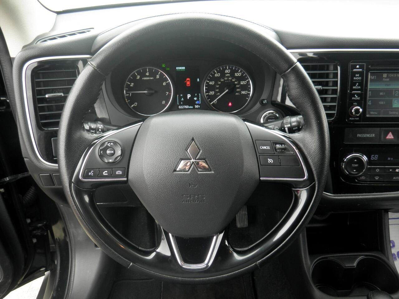 2016 Mitsubishi Outlander AWC 4dr SE