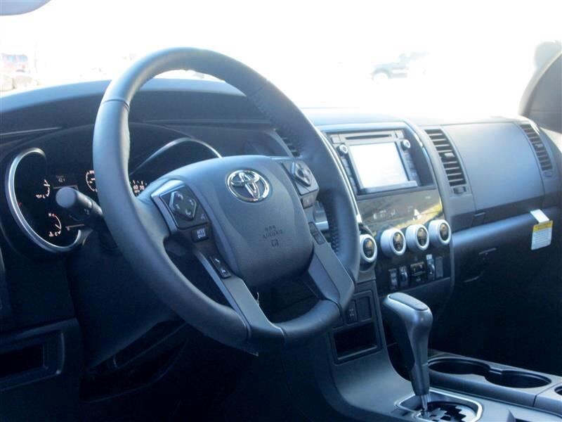 2019 Toyota Sequoia SR5 4WD (Natl)