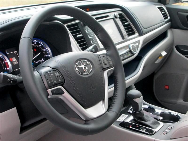 2019 Toyota Highlander Limited V6 AWD (Natl)