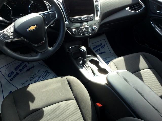2016 Chevrolet Malibu 4dr Sdn LT w/1LT