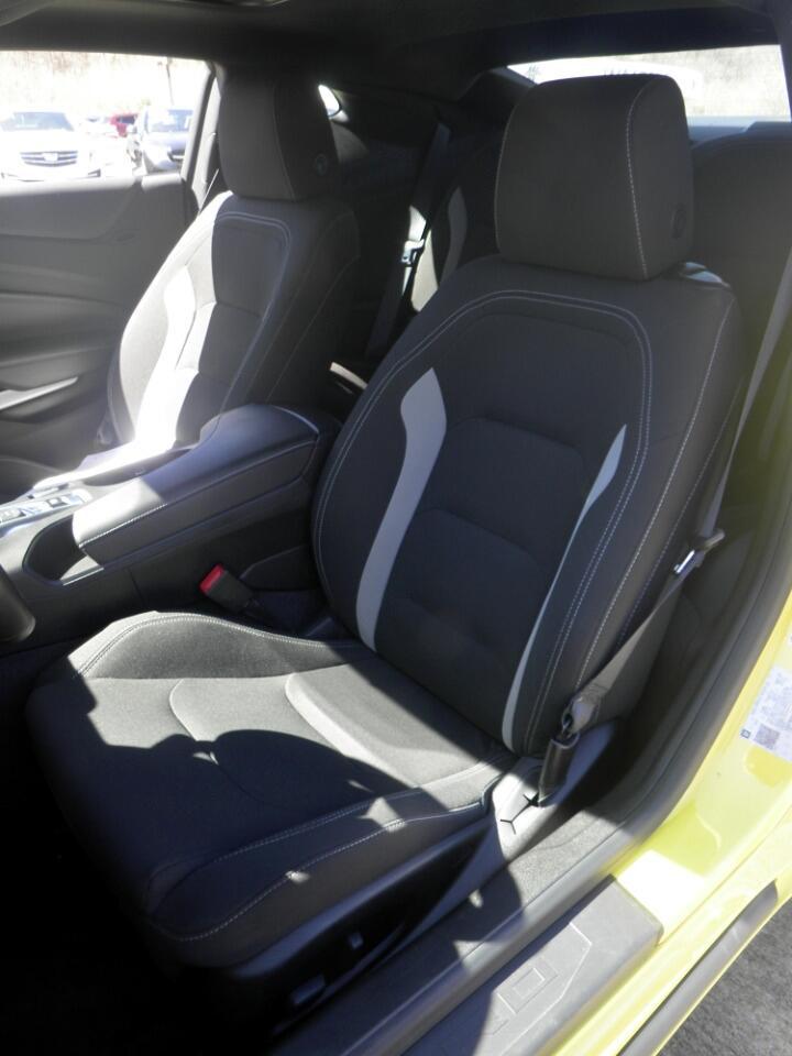 2018 Chevrolet Camaro 2dr Cpe LT w/1LT