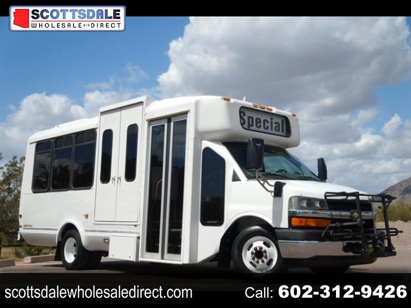Chevrolet Express G4500 2011