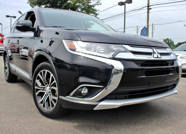 Used 2018 Mitsubishi Outlander SE 2WD for Sale in Louisville KY