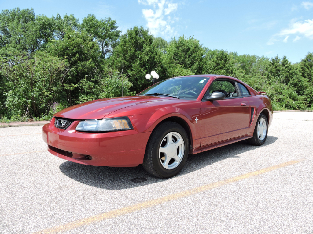 Ford Mustang Standard Coupe 2003