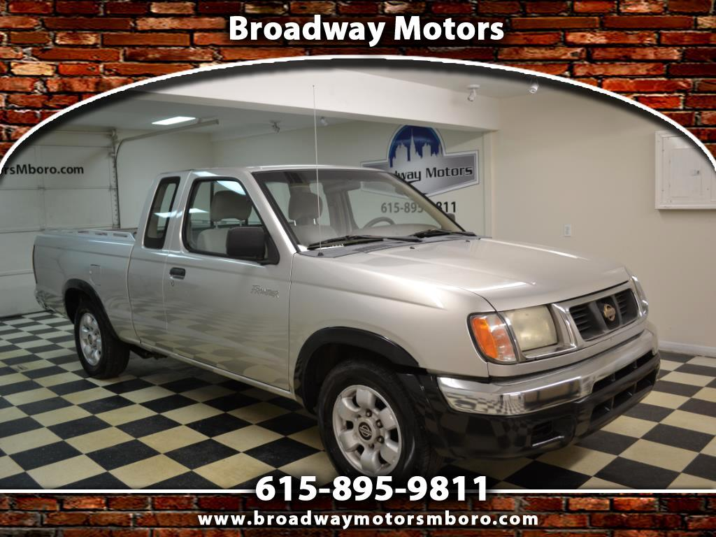 1998 Nissan Frontier 2WD XE King Cab Manual