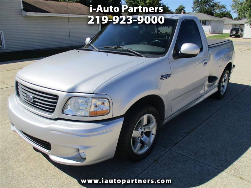 2001 Ford F-150 SVT Lightning 2WD