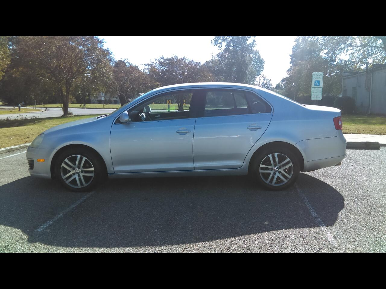 2006 Volkswagen Jetta Sedan 4dr 2.5L Manual