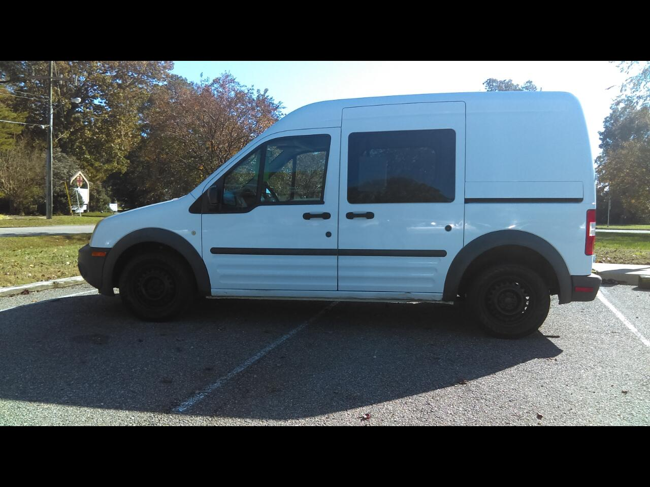 "2010 Ford Transit Connect 114.6"" XL w/side & rear door privacy glass"
