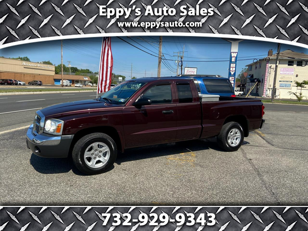 Dodge Dakota SLT Club Cab 2WD 2005