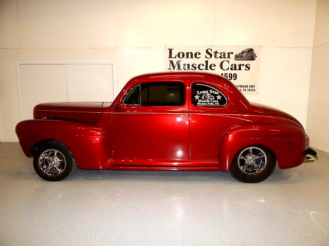 1941 Ford DELUXE COUPE Opera
