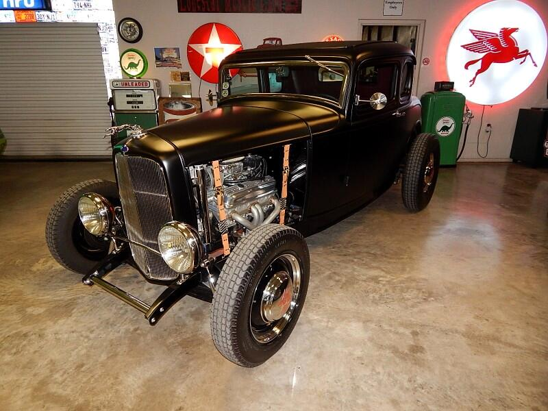 1932 Ford Street Rod Five Window Coupe