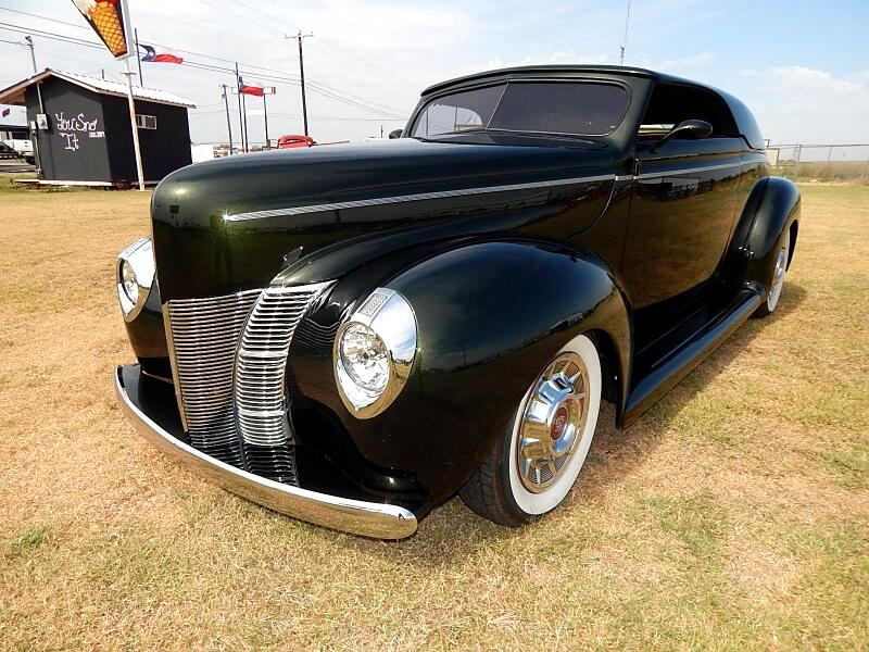 1940 Ford Convertible Coupe