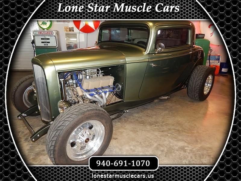 Ford 3-Window  1932