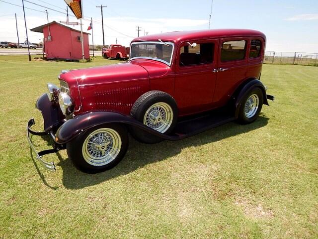 1932 Ford Victoria Sedan