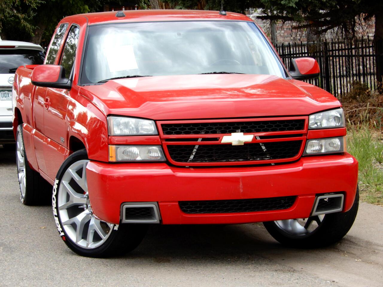 2004 Chevrolet Silverado 1500 SS Ext. Cab Short Bed AWD