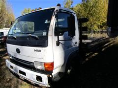 2001 Nissan UD1400