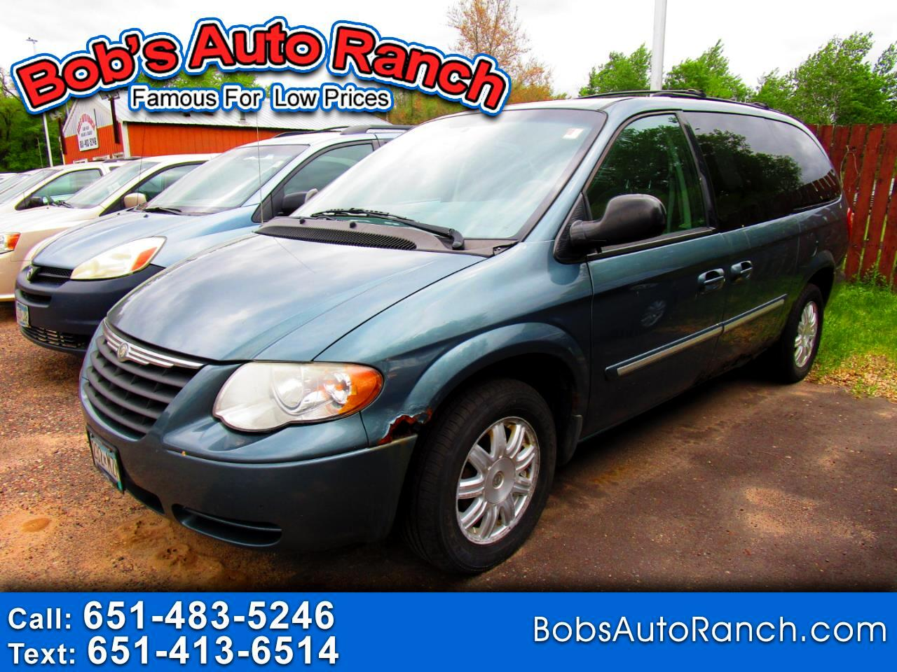 Chrysler Town & Country 4dr Touring 2006