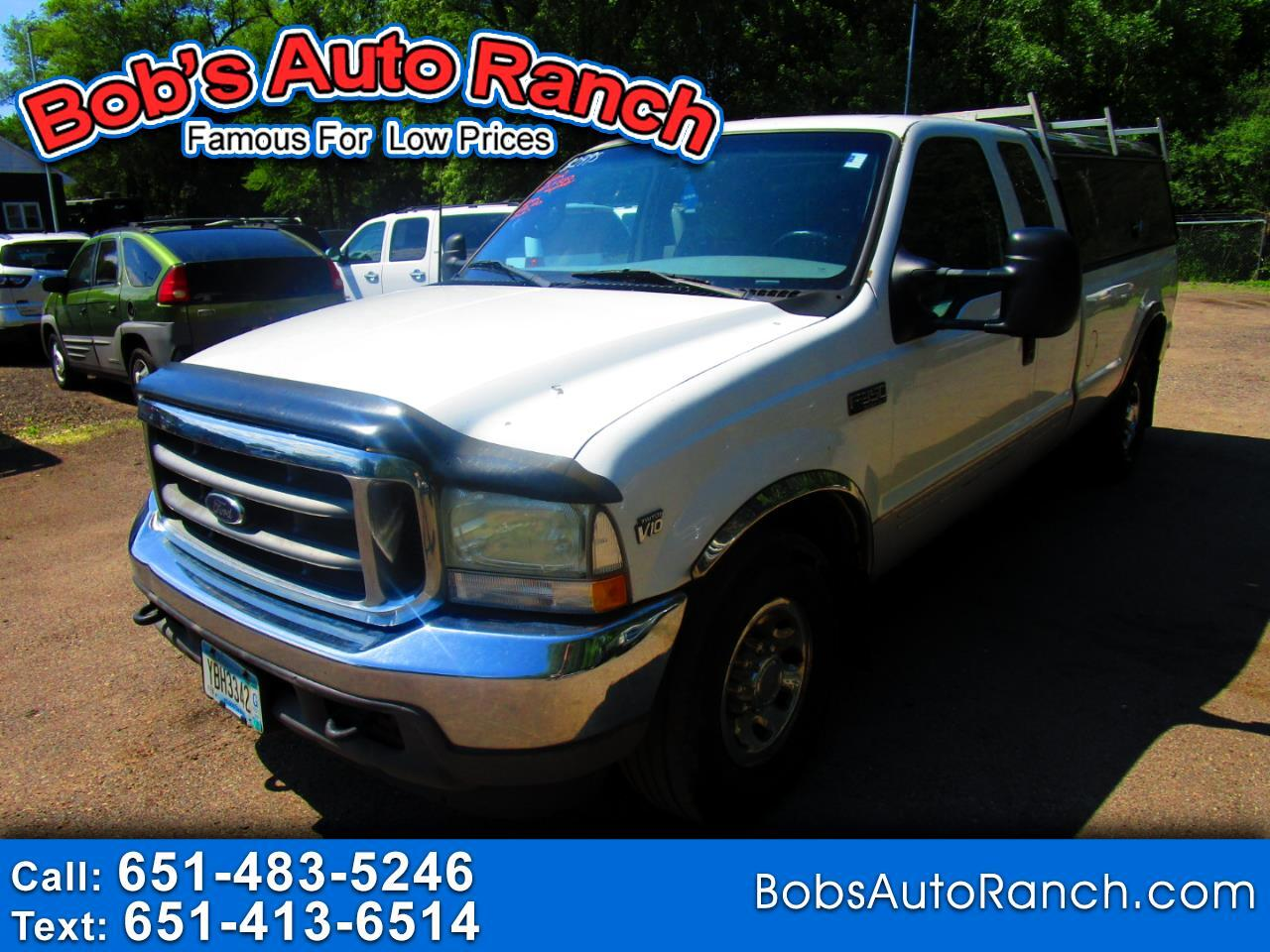 "Ford Super Duty F-350 SRW Supercab 142"" Lariat 2002"